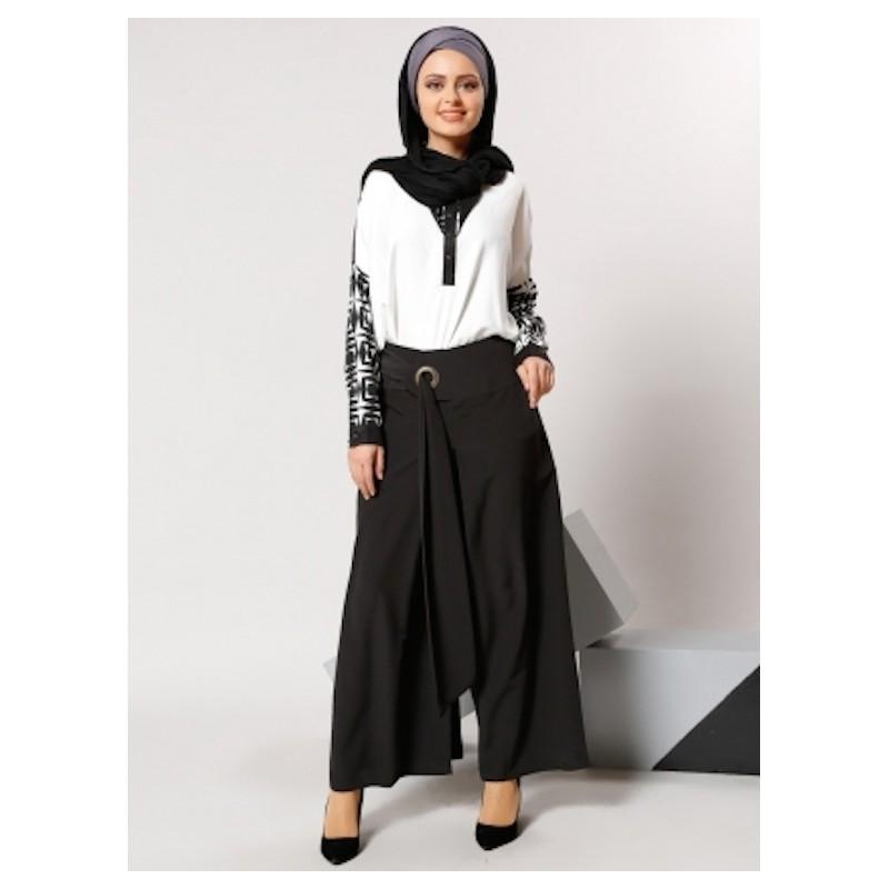 pantalon noir large fa on jupe culotte. Black Bedroom Furniture Sets. Home Design Ideas
