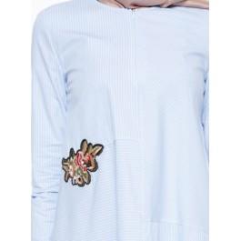 Tunique à rayures en patchwork et broderie florale